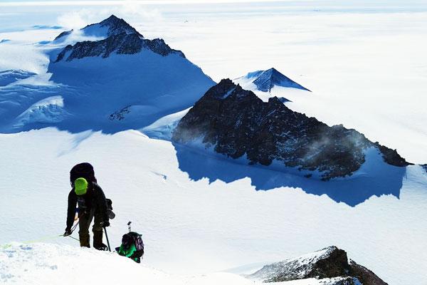 Mount-Vinson-Antarctica-Difficulty