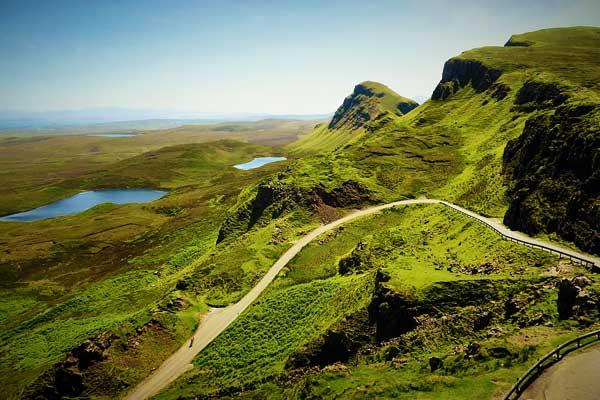 Quiraing-Mountain-pass-Scotland-UK-Europe