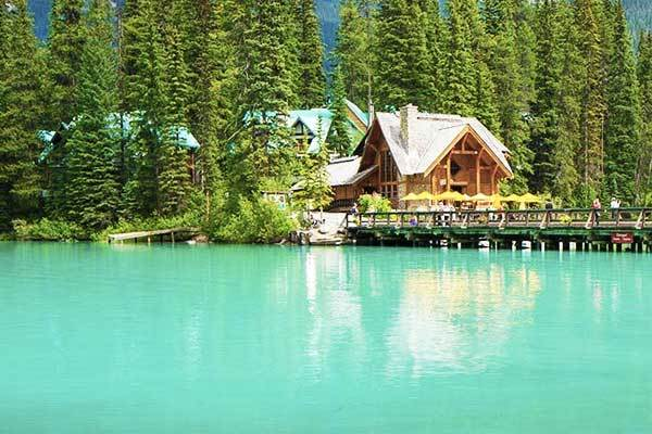 Emerald Lake in British Columbia