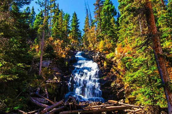 Fern-Falls-Colorado-Rocky-Mountains-USA