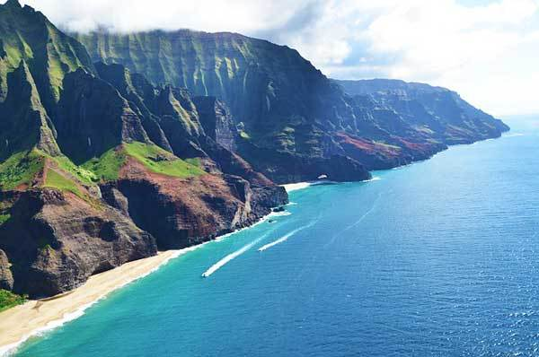 Honopu-Ridge-Hawaii-Kauai-USA