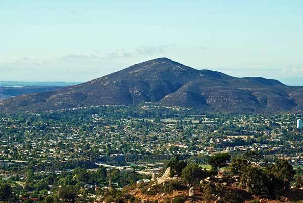 Cowles-Mountain-San-Diego-California-USA