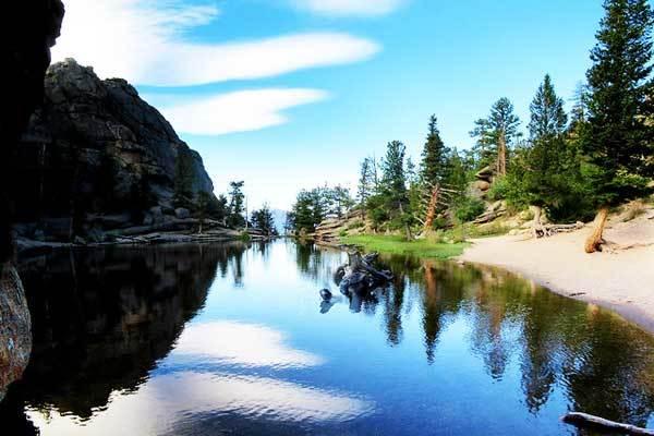 Gem-Lake-Rocky-Mountains-USA