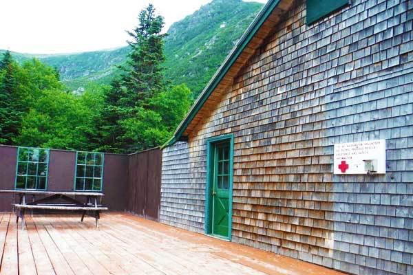 Hermit Lakes caretaker's building