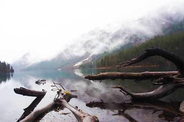 Ptarmigan-Lake-Rocky-Mountains-USA