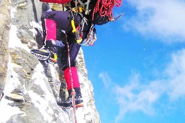 Best-mountaineering-boots