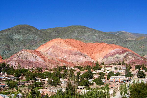 Cerro-de-los-Siete-Colores-argentina