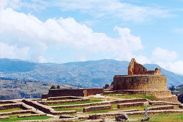 Ecuador-ingapirca-ruins