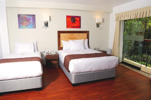 Golden Sunrise Machu Picchu Hotel