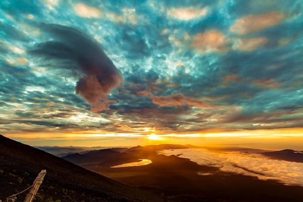 Sunrise-Mount-Fuji
