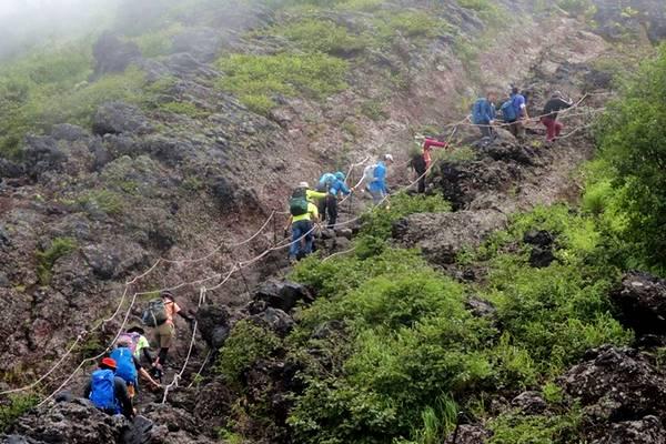 Yoshida-Trail-Mount-Fuji