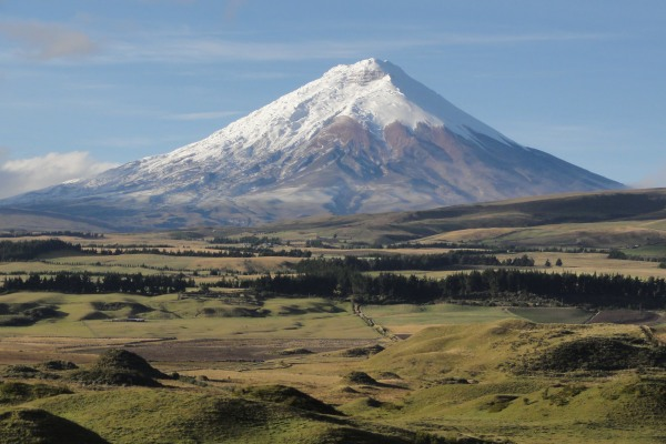 clear-day-cotopaxi