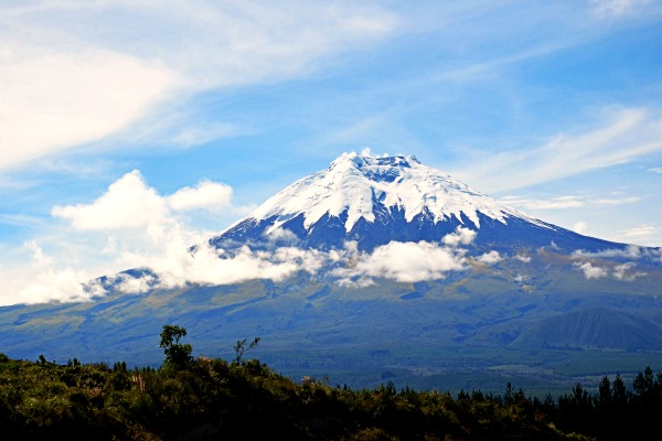 cotopaxi-hiking-in-ecuador