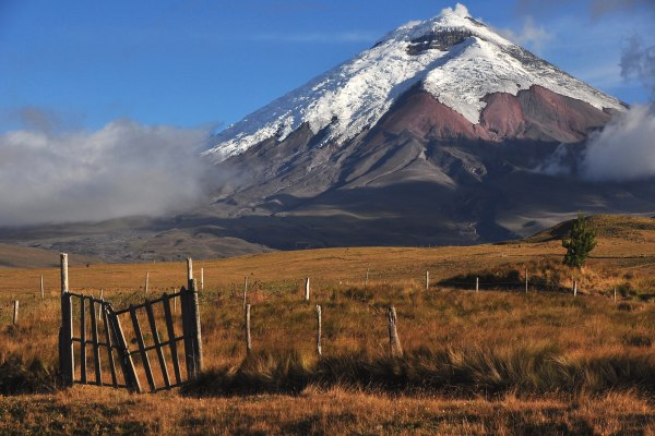 cotopaxi-park-ecuador
