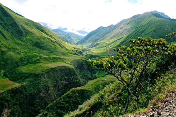hiking-in-ecuador