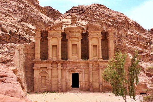 jordan-petra-monestary
