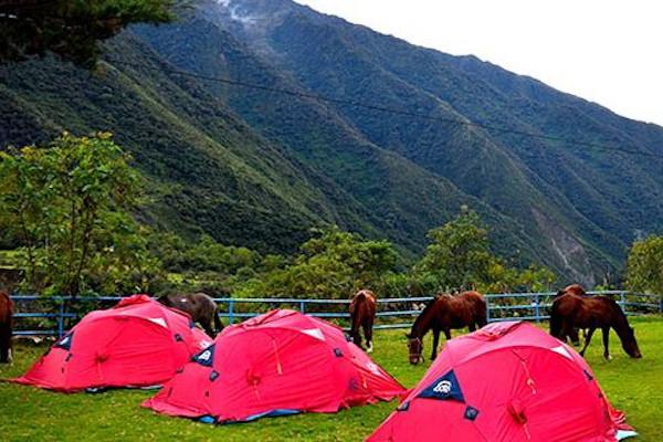 camping tents machu picchu