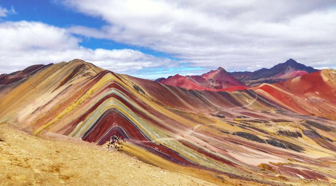 free tour rainbow mountains