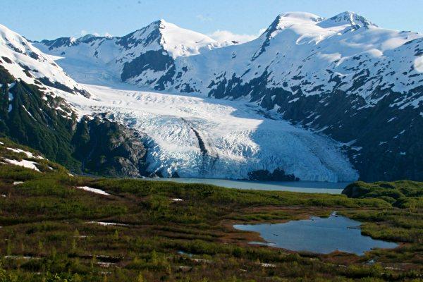 portage-glacier-hiking-in-alaska