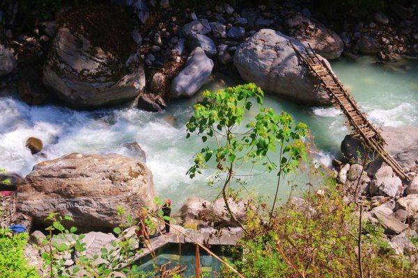 jhinu-hot-springs-abc