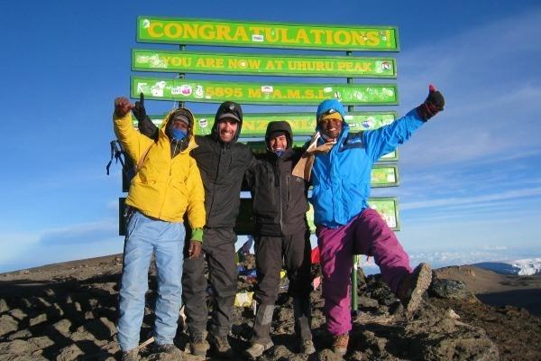 Summit-Kilimanjaro-5895m-Uhuru-Peak