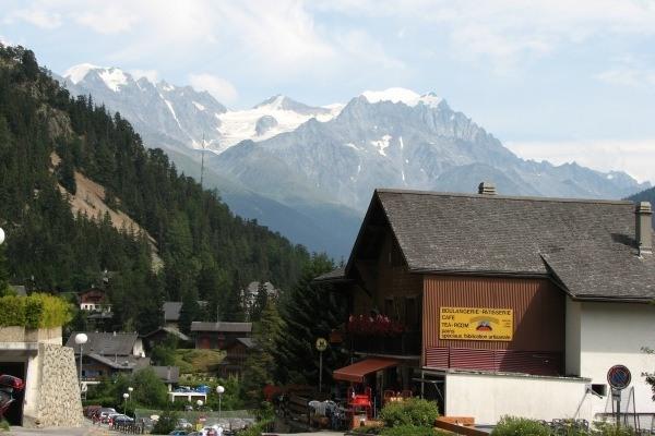 tour-du-mont-trekking-champex