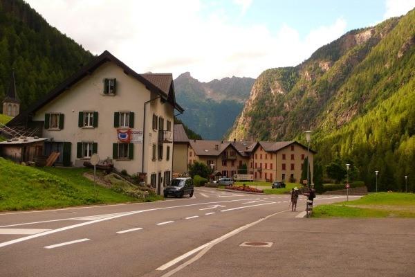 tour-du-mont-trekking-trient